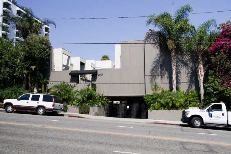 The building at 960 San Vicente in West Hollywood