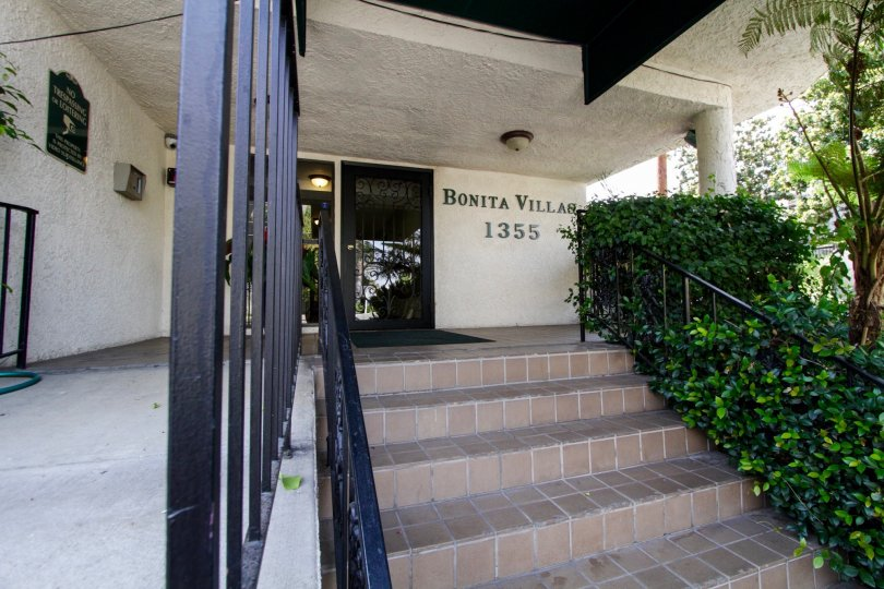 The name of the Bonita Villas written on the building in West Hollywood