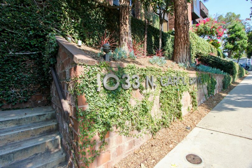 Entrance signage to 1033 N. Carolwood Apartment, West Hollywood, California