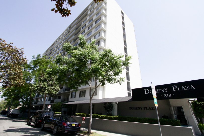 The building at Doheny Plaza in West Hollywood