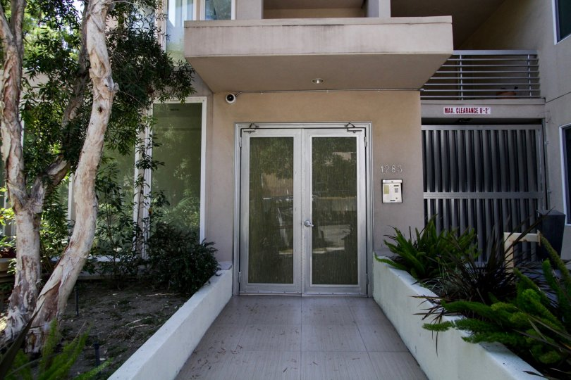 The doors into Fountain Villas VIII