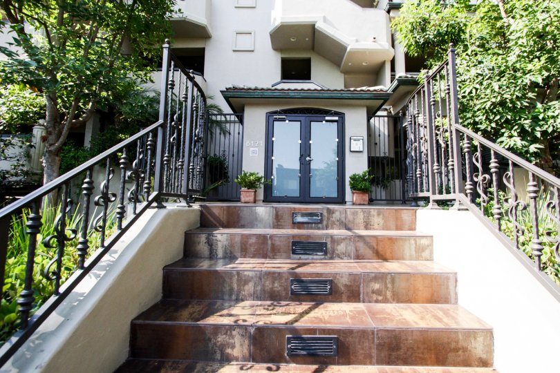 The entryway up to Norton Villas in West Hollywood