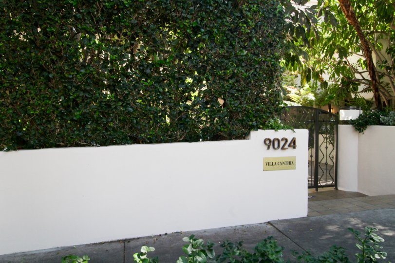 The address seen at the Villa Cynthia