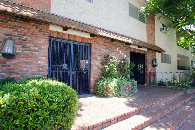 Amazing 11550 Nebraska Apartment with it's wonderful Surroundings, West la, California