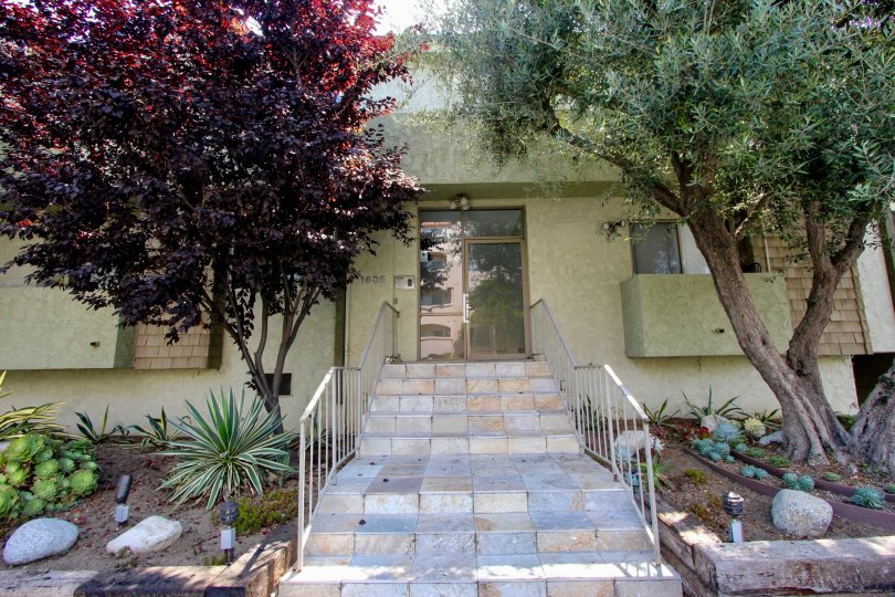 An eight step Single Terrace house at Aspen House community West LA CaliforniaAC