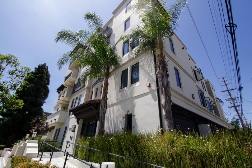 A view of the Avenida Prosser buildling in West LA