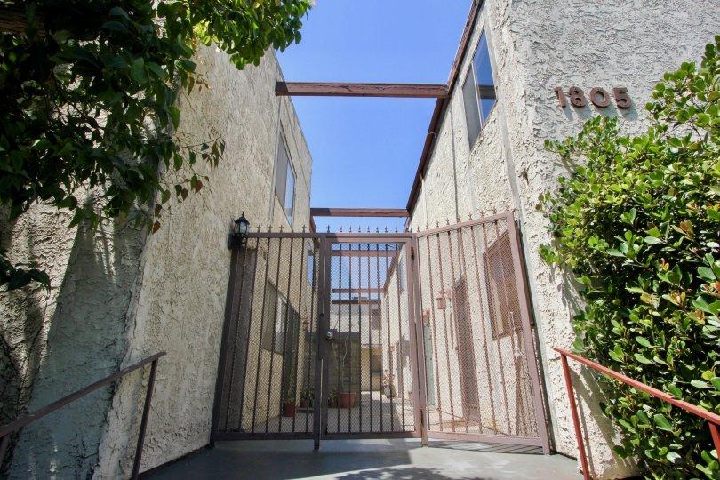 Brrington Gardens, A beautiful grill gate entrance