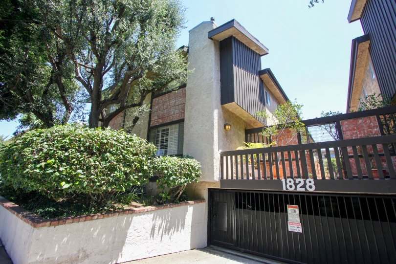 WESTSIDE TOWNHOMES IS IN THE CITY OF WEST LAND IN THE STATE OF CALIFORNIA