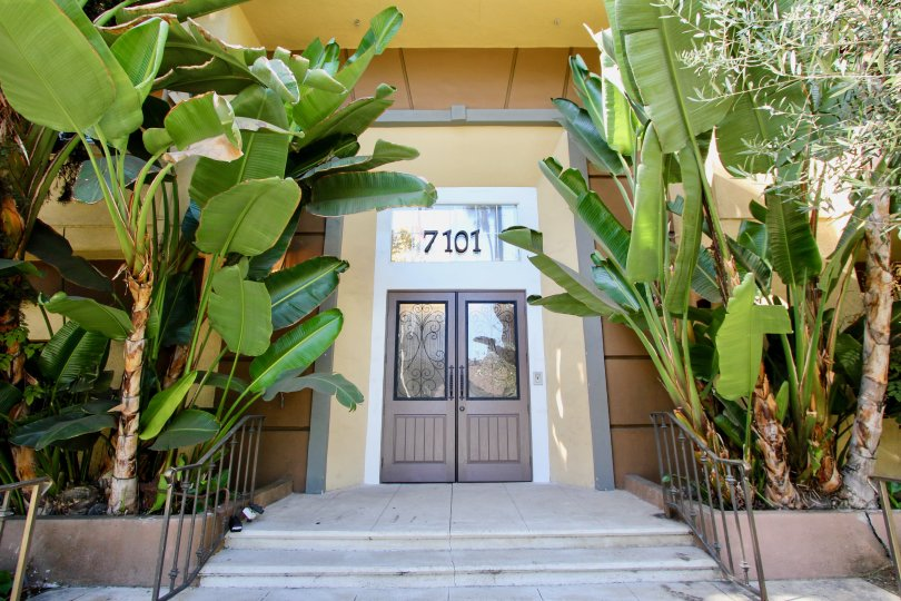 The entrance into Amalfi Villas in Westchester, California