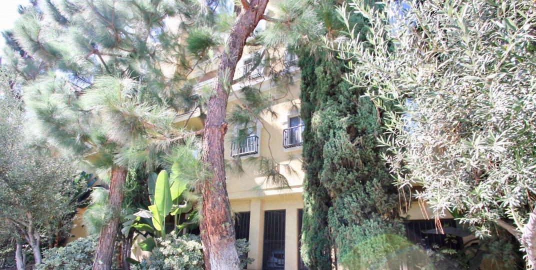 The landscaping around Amalfi Villas