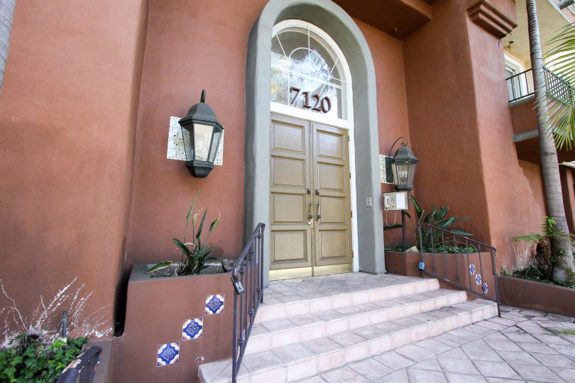 The entrance into Capri Villas