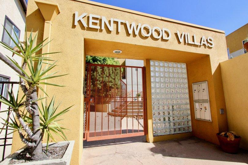 The entryway into Kentwood Villas