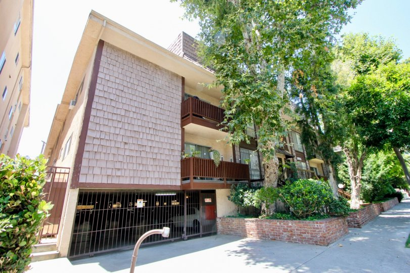 Discover this best priced condo in Westwood. Situated in a small intimate building on a quiet tree-lined street. This unit only shares one common wall features a charming fireplace and hardwood floors throughout, a private balcony and large walk-in closet