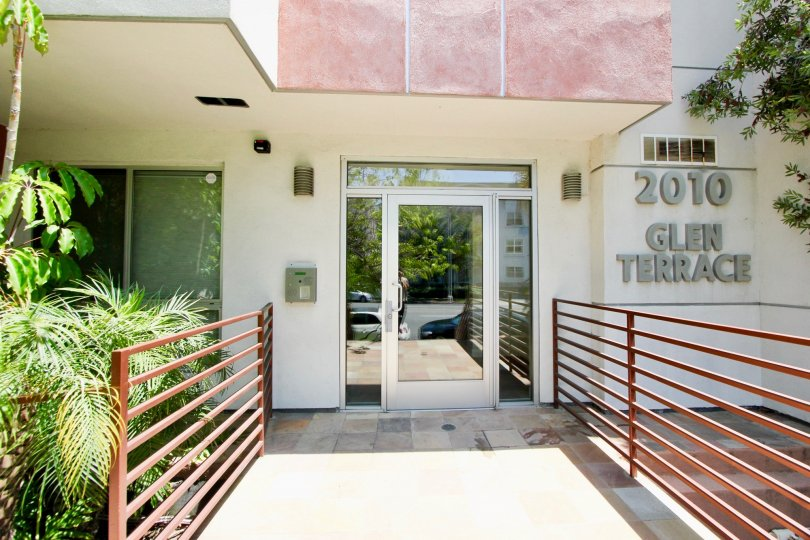 The 2010 Beverly Glen infrastructure is good the entrance is built very nice the glass door made perfectly