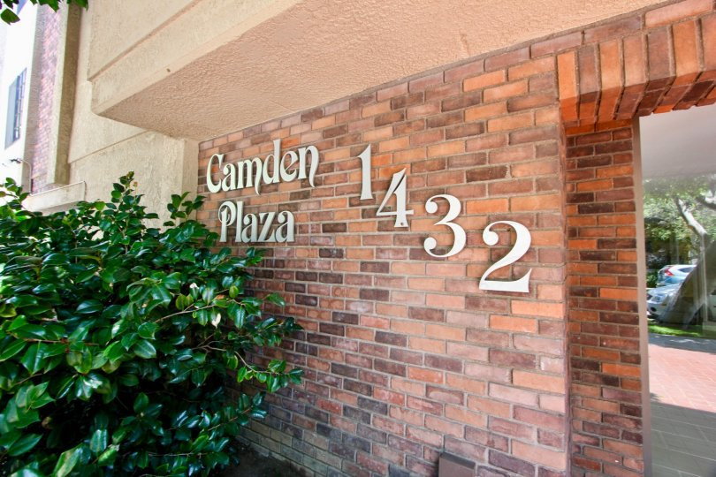 The entranceway and building number at Cmaden Plaza, Westwood CA