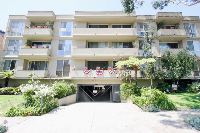 A sun-drenched retro living community in Westwood.