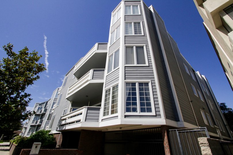 The architecture of the Westwood Diplomat in Westwood