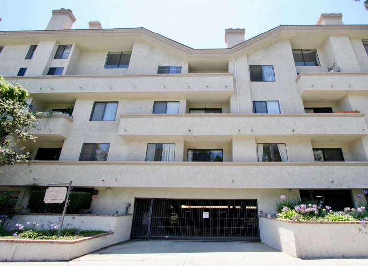 Westwood oaks is a lovely complex featuring secured parking, semi private balconies, and well maintained green space