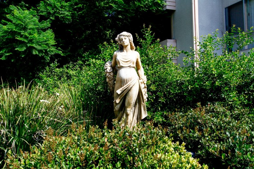 The statue seen at Winnetka Gardens in Winnetka California