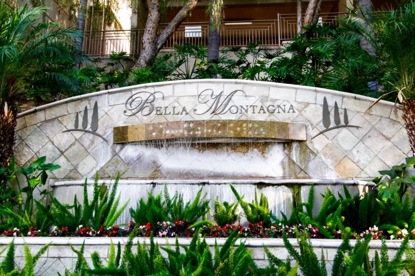 The Bella Montagna name at the entrance