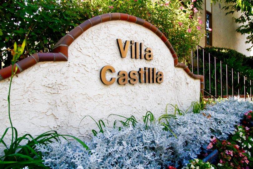 The welcoming sign for the Villa Castilla in CA California