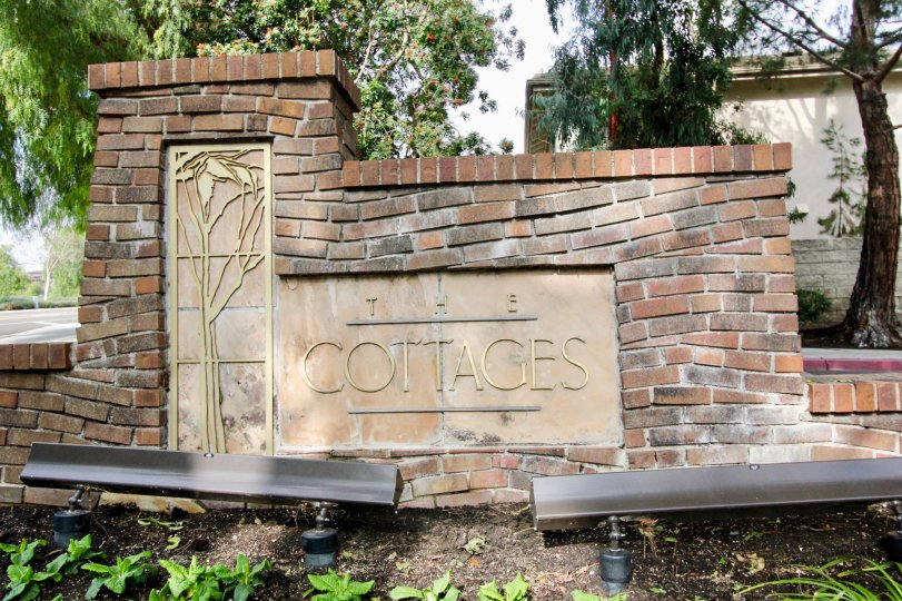 Entrance of the Cottages with Brick Wall mention with Cottage