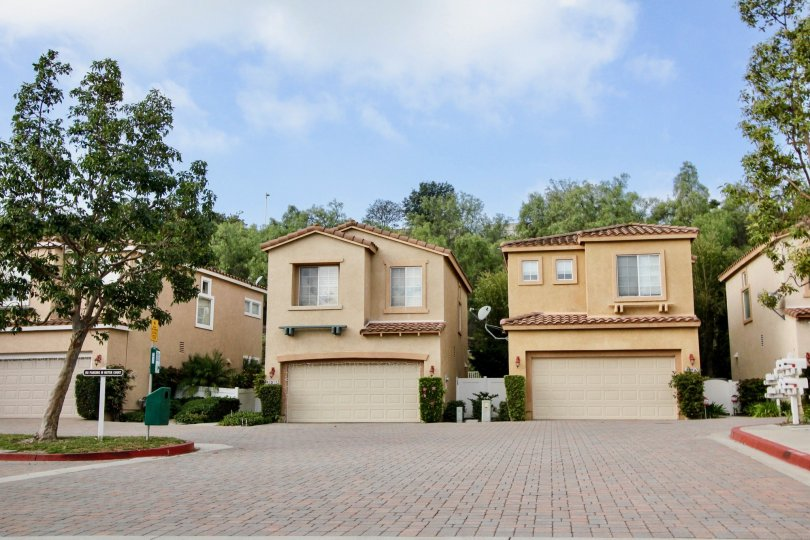 great and neat community in Flores Los Alisos in Aliso Viejo, California