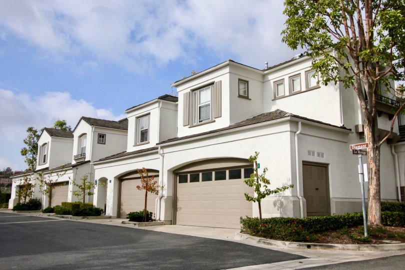 Large houses on the corner of Diamant and La Mirage in La Mirage, Aliso Viejo