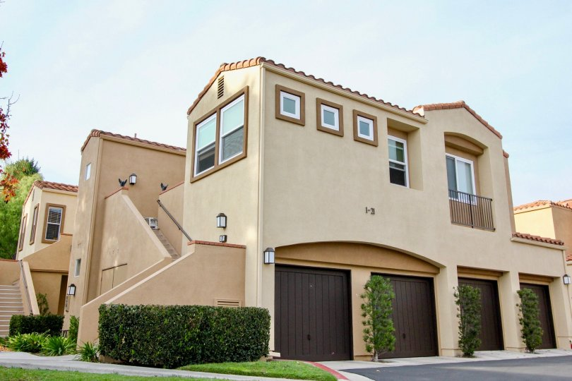 Well Designed Villa with parking and upstairs in Seacove Villas of Aliso Viejo