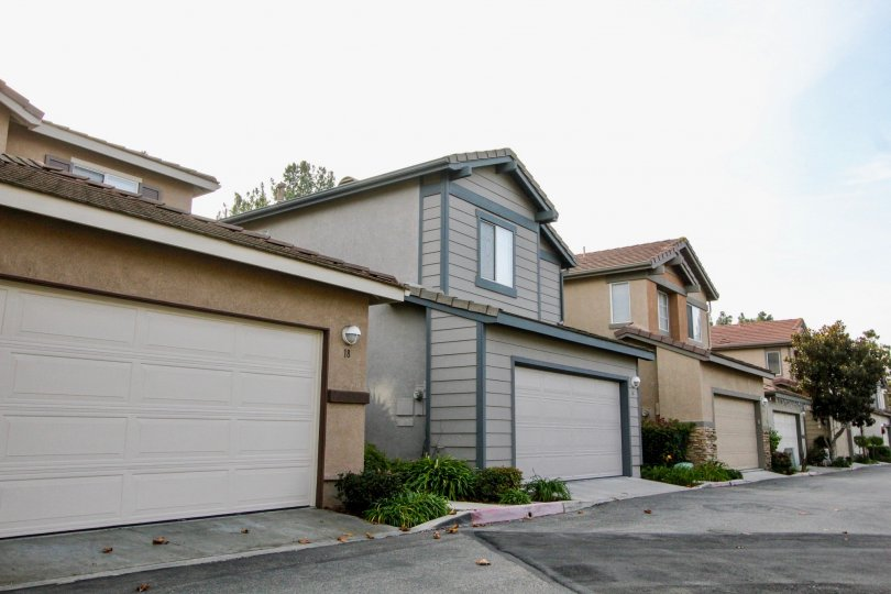 Attached garages available at The Pointe community in Aliso Viejo, CA on a sunny day