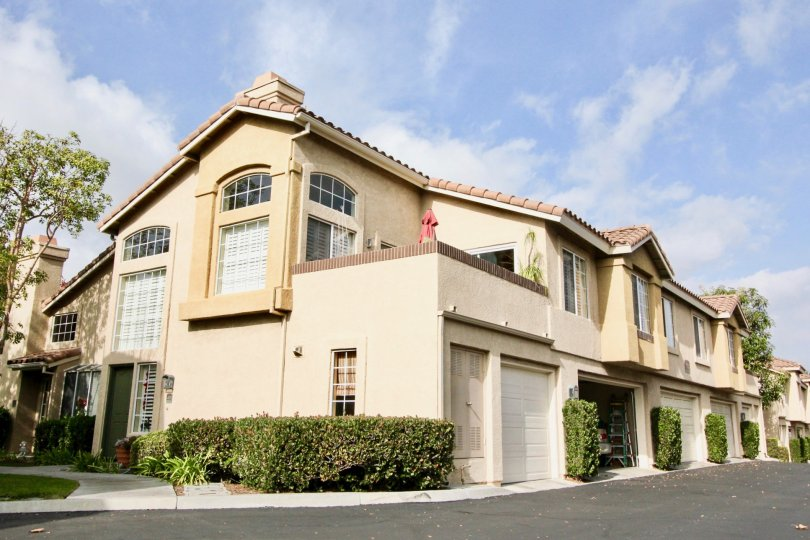 A sunny day in the Windflower community of Aliso Viejo, California
