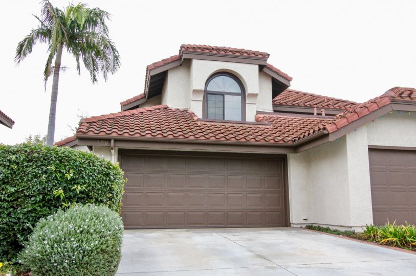THE HOUSE WITH SHED NEARBY TREES, PLANTS ARE SHOWN WHICH IS IN ANAHEIM HILLS CITY