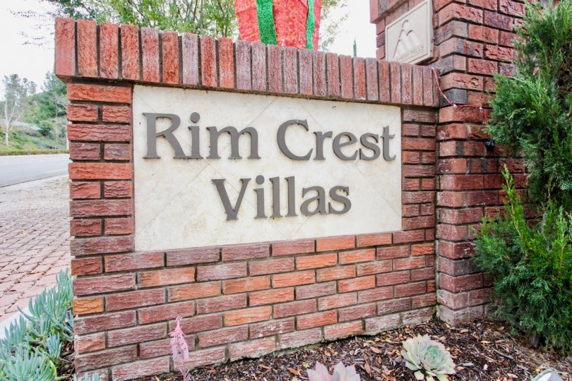 BEAUTIFUL ENTRANCE TO RIM CREST VILLAS CALIFORNIA.