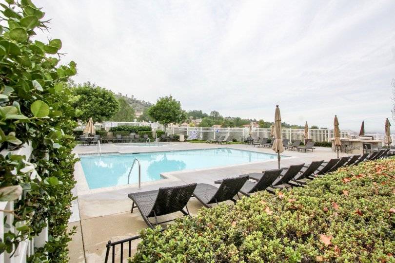 The community boasts a community pool, spa, tot lot and exercise room.