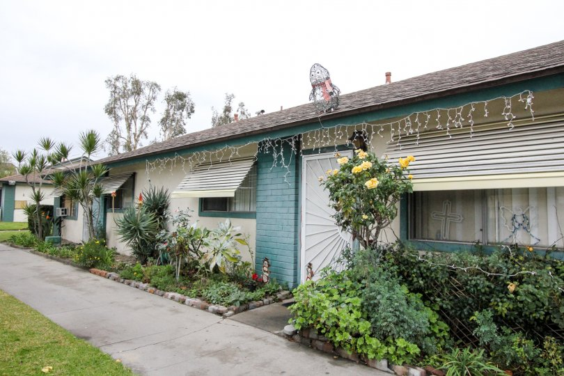 Fabulous villa having small herbs and walk way in 1152 North West of Anaheim