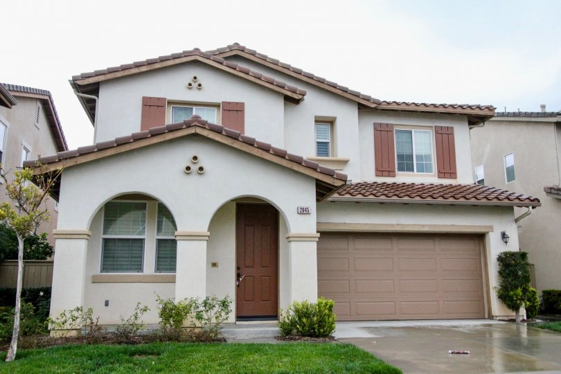 DIFFERENTLY STRUCTURED HOME IN THE COMMUNITY OF RIO VISTA WALK