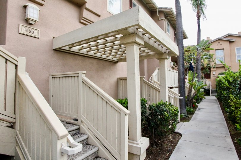 Summerwind Building House With attractive Beauty Location at Anaheim City