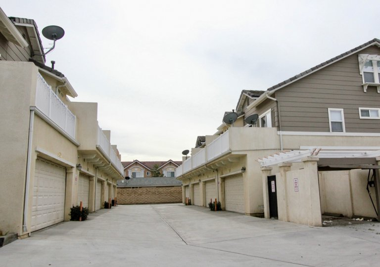 The place in Trellis lane is dry and has few Villa's with dish antenna and small bushes