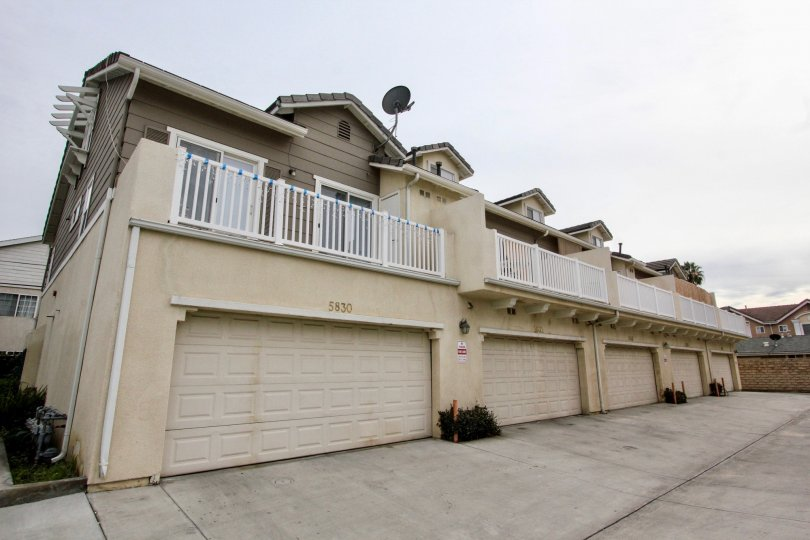 Fabulous villas with ample of space and having dish antenna in Trellis Lane of Buena Park