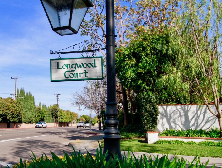 A street sign to the entrance of Longwood Court in the city of Costa Mesa, California.
