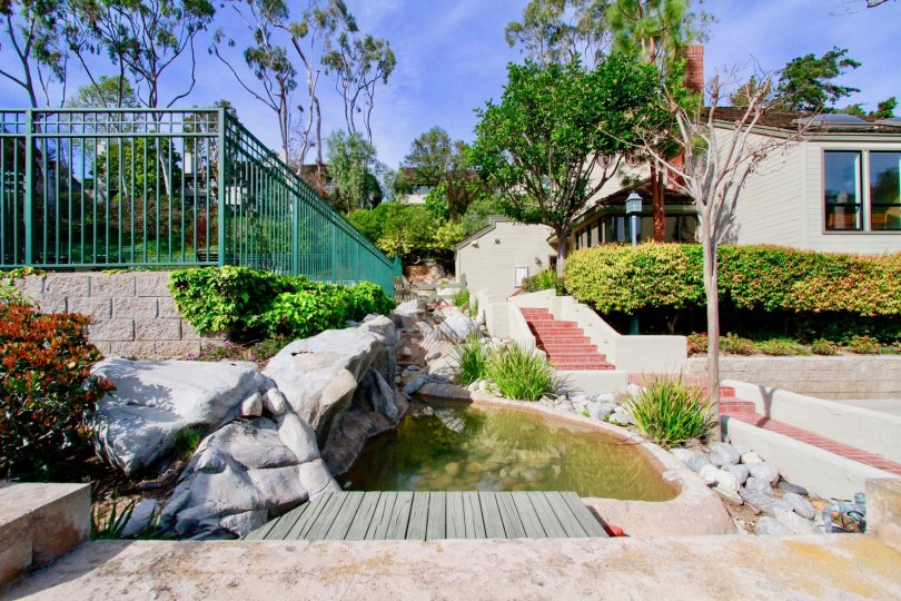 Beautiful home in the neighborhood of Seabluff Canyon located in Costa Mesa, CA.