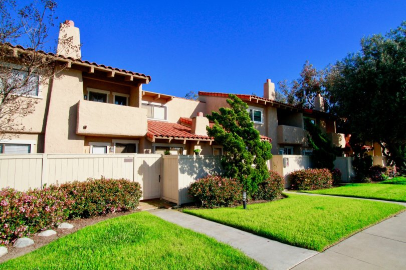 Westbluff Village Costa Mesa California hill station looks like houses with biscuit colored windows