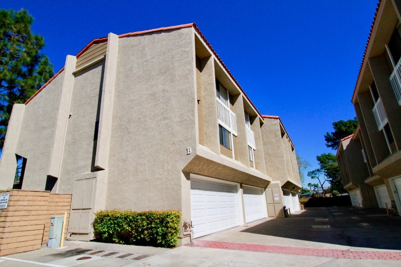 Nice View of Villas with blue sky in Wilson Park Condos of Costa Mesa