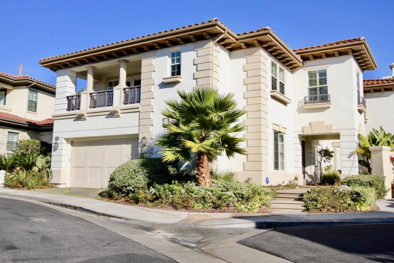 Pointe Monarch community front driveway with trees, Dana Point, CA