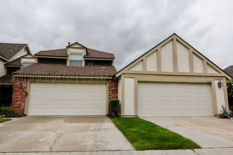 Kingsbriar Fountain Valley California one flat and one pyramid like house good to look with narrow trimmed grass