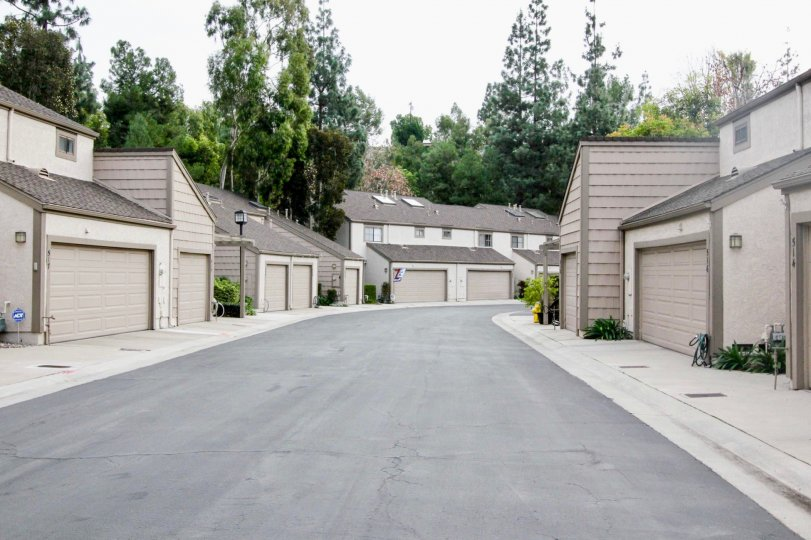 Hidden Lakes Fullerton California elegant grey colored irregular building blocks both sides