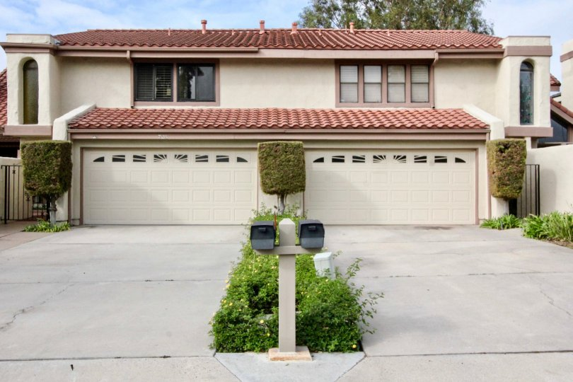 Postal box placed before to the cutting bushes to house in Stone Pine Estates