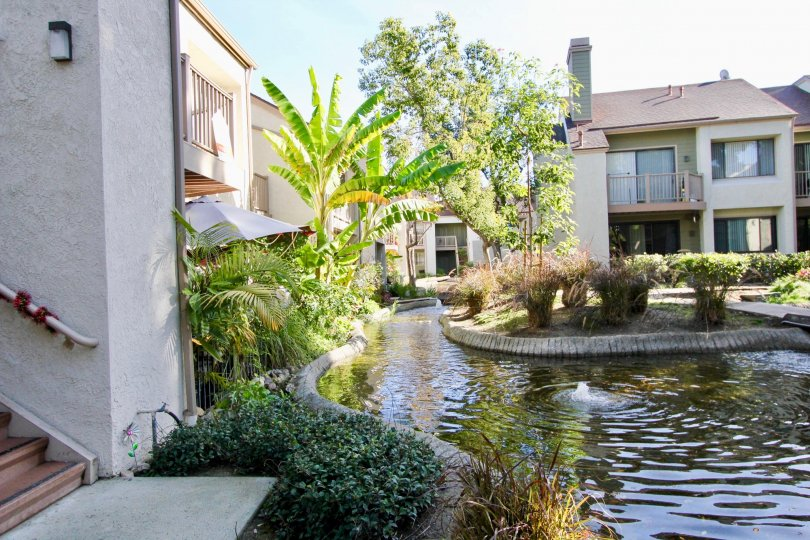 Amazing opportunity to purchase a one-bedroom condo in the highly sought after Lakeside Garden Grove community.