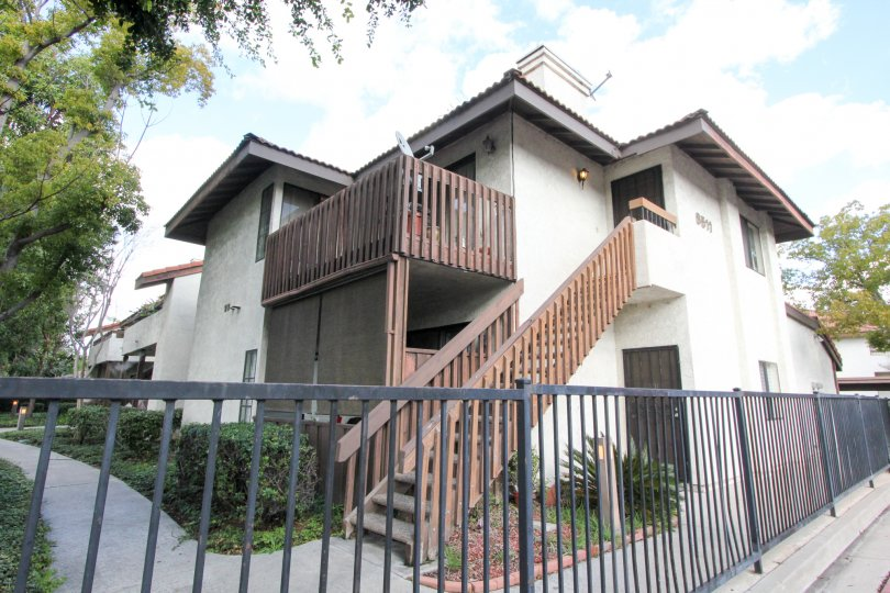 Road Side Meadow Brook Village old Look with proper parking facility, perfect for living - in Garden Grove
