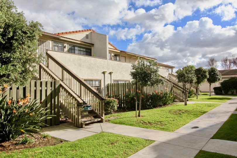 A condominium complex in Garden Grove, California. An Association of Home Owners. A resource for the Spring Garden Villas community.